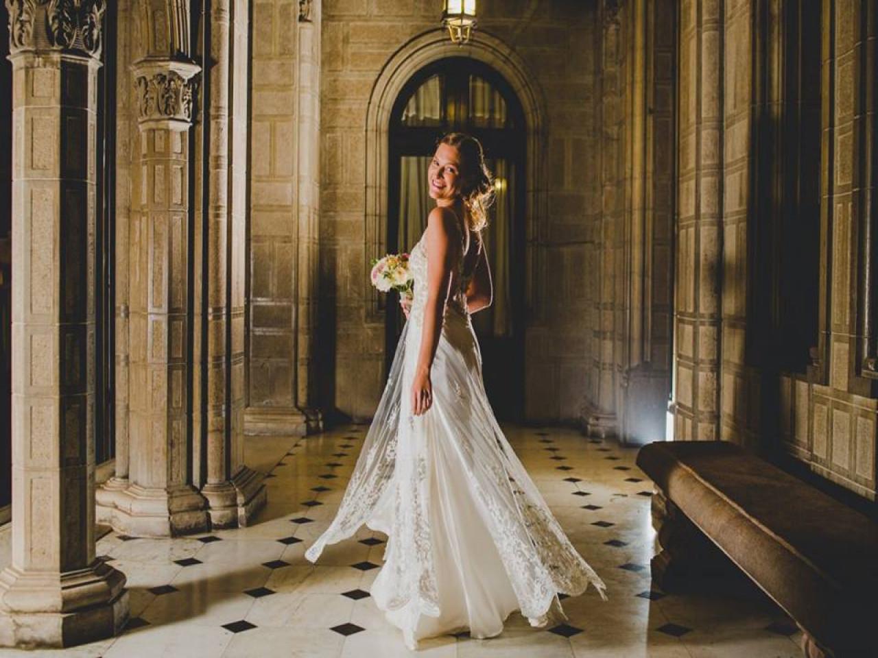 Sencillo vestido de novia usado diseñado por María Luisa Vegas | Mi ...