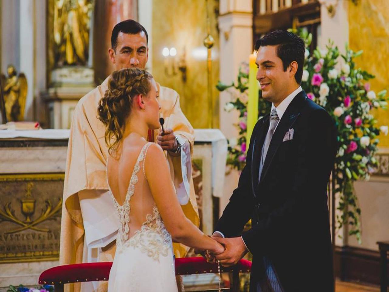 Sencillo vestido de novia usado diseñado por María Luisa Vegas   Mi ...